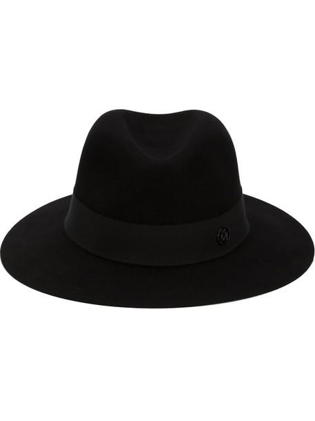hat black