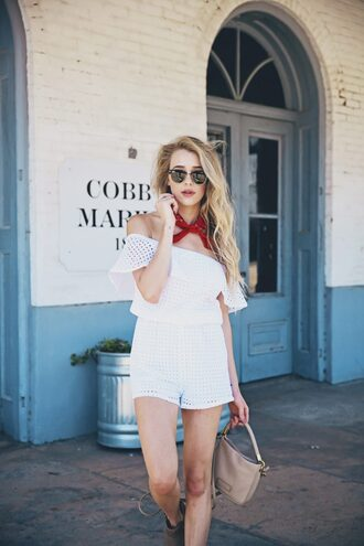 hustle and halcyon blogger romper bag white romper aviator sunglasses see through nude bag ankle boots