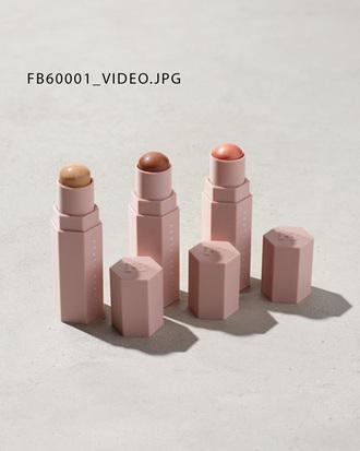 make-up fenty by rihanna