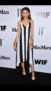 dress,black and white,black,white,monochrome,horizontal stripe,stripes,spaghetti strap,strapped,midi dress,v neck