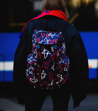 bag tumblr backpack printed backpack jacket black jacket black bomber jacket bomber jacket fashion week 2017 streetstyle