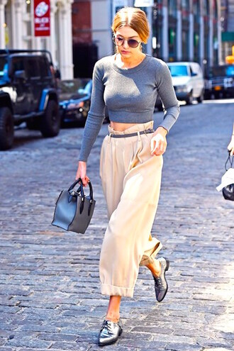 le fashion image blogger gigi hadid cropped sweater silver shoes oxfords grey bag beige pants high waisted pants