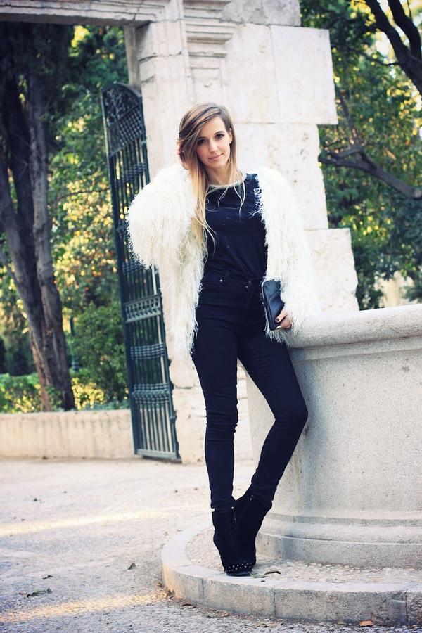 fashion quite jacket t-shirt jeans bag jewels shoes