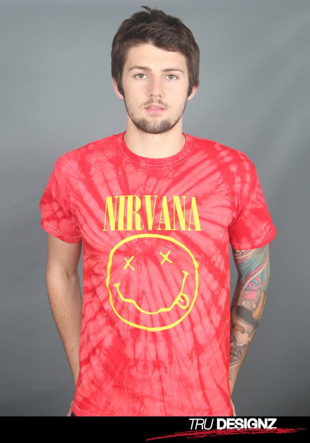 T-Shirts Kurzarm print - Nirvana Smiley Logo Tie-Dye T-Shirt  - ein Designerstück von tru-designz bei DaWanda