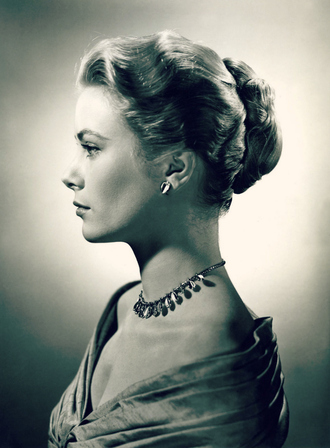 jewels grace kelly hairstyles necklace earrings actress
