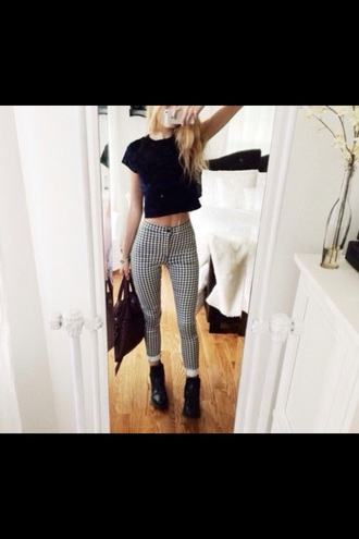 pants fancy white trouses fancy pants fashion fancy trouses chic classic black and white black jeans black pants white jeans pattern tribal pattern plaid pants plaid style girly girly outfits tumblr