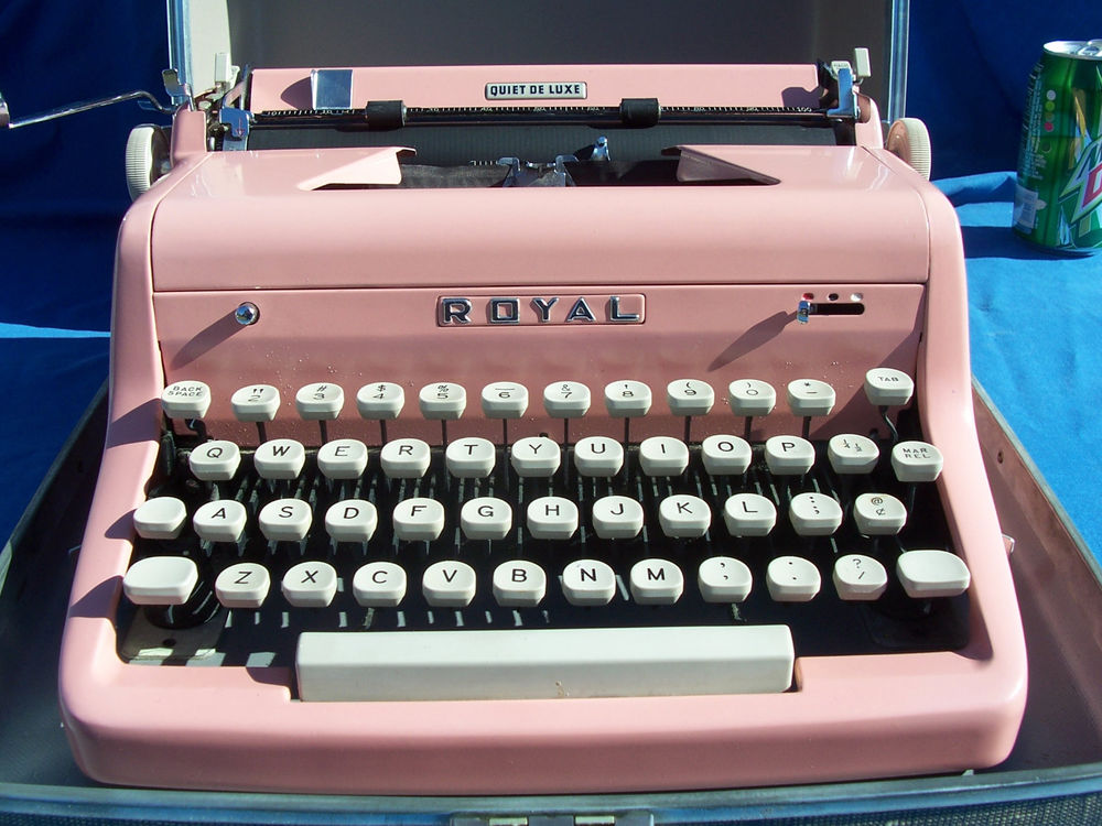 Vtg royal quiet de luxe pink portable typewriter with case and key