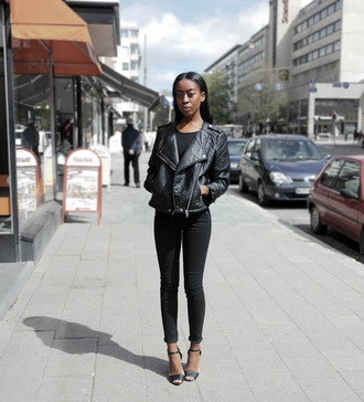 sylvie mus blogger jeans all black everything black leather jacket perfecto black black jeans