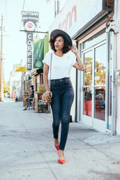 style me grasie,blogger,jeans,t-shirt,shoes,hat,bag,express,white t-shirt,grey hair,high waisted jeans,blue jeans,skinny jeans,shoulder bag,printed bag,pumps,red pumps,high heel pumps,pointed toe pumps,chic,spring outfits