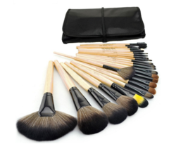 Roll Away Makeup Brush Set – Dream Closet Couture