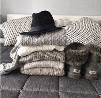 hat grey coat winter outfits black girly oh my vogue chic autumn/winter outfit