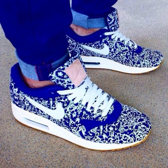 shoes air max classic sneakers nike sneakers blue and white blue paisley shoes nikeair nike running shoes