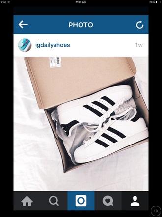 shoes adidas black trainers stripes