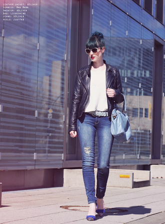 like a riot blogger jeans leather jacket ripped jeans blue bag