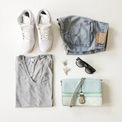 bag,clothes,shorts,shirt,pastel bag,jewelry,necklace,shark,shark tooth,shark tooth necklace,shark tooth jewelry,light blue,shoes,nike,tumblr,t-shirt,denim shorts,grey t-shirt,accessories,white,High waisted shorts,cardigan,sneakers,sweater