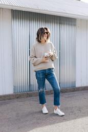 themintmom,blogger,sweater,jeans,shoes,sunglasses