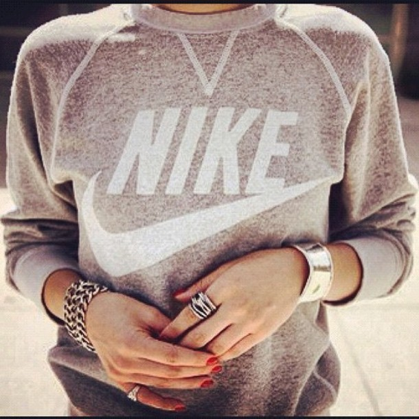 nike sweatshirt swag brand girl american nike sweater jewels old school ring vintage pullover sweater jewelry grey sweater crewneck this sweat isn't in nike store so where can i get it crewneck grey grey grey nike sweater sweater blouse shirt top heather nike sweatshirt grey and white jumper pullover grey sweater grunge shoes jacket pink nike top