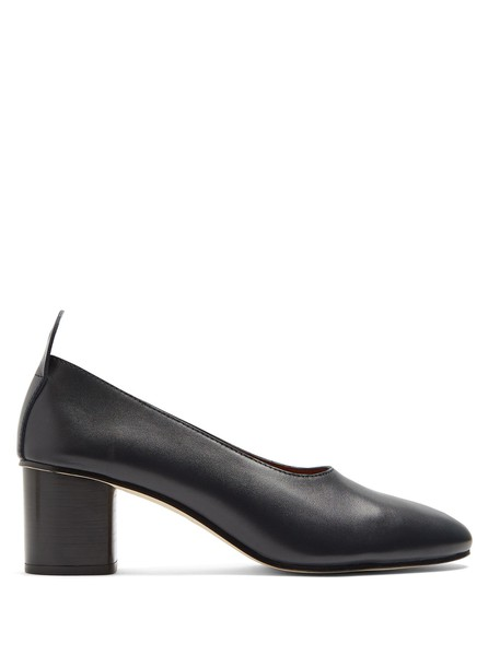 heel pumps leather navy shoes