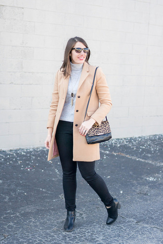 styleontarget blogger shoes sunglasses coat jewels bag nude coat ankle boots shoulder bag winter outfits