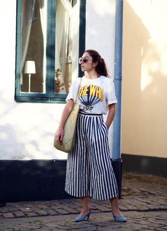 t-shirt tumblr white t-shirt graphic tee bag woven bag pants stripes striped pants cropped pants culottes shoes