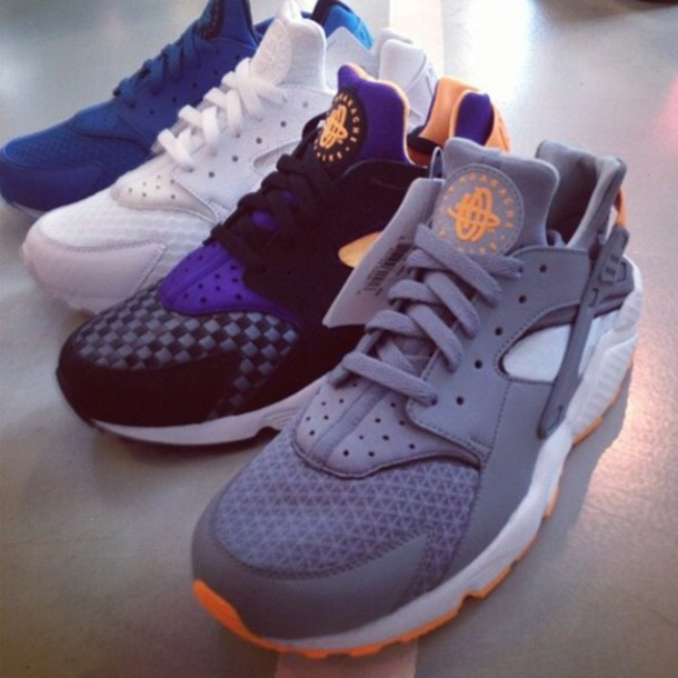 Nike Huarache Noir Bleu Orange
