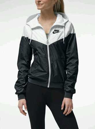 jacket nike windrunner women 2013 coat nike jacket nike white black windbreaker cute black and white xs women's windbreaker black and white nike rain jacket sweater nike sweater zipup nike windrunner