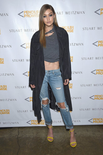 sandals gigi hadid cardigan boyfriend jeans ripped jeans crop tops coat body chain necklace accessories jewels model gold body chain jewelry