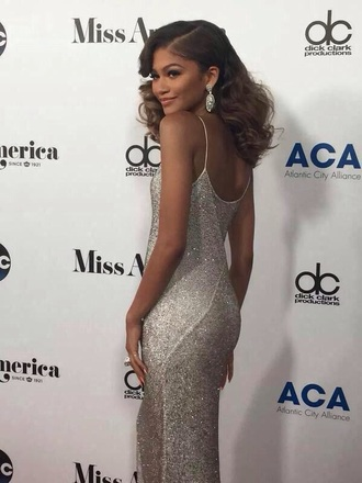 dress zendaya silver silver dress fashion style prom ball low cut low back sparkle long dress sparkly dress jewels long prom dress