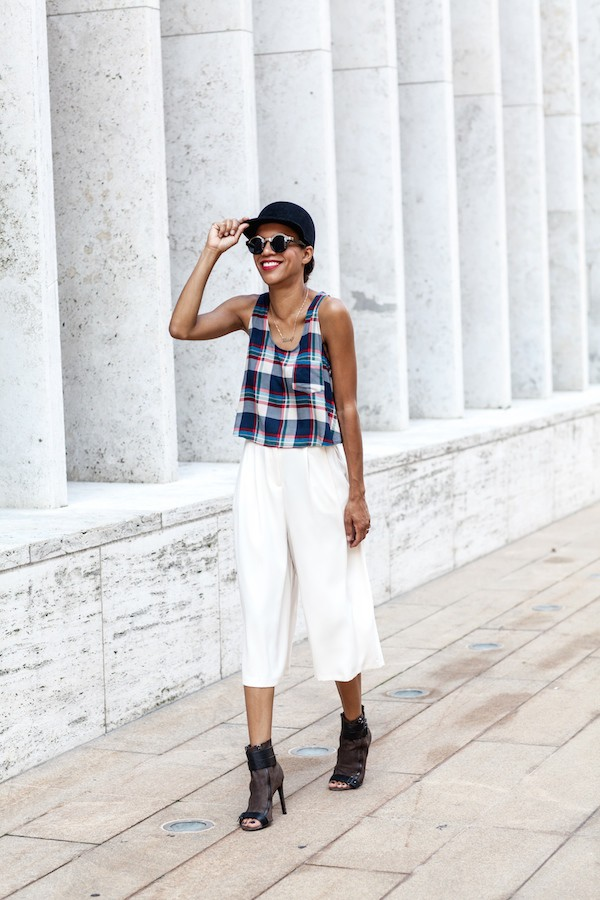 style me grasie blogger top shoes sunglasses culottes