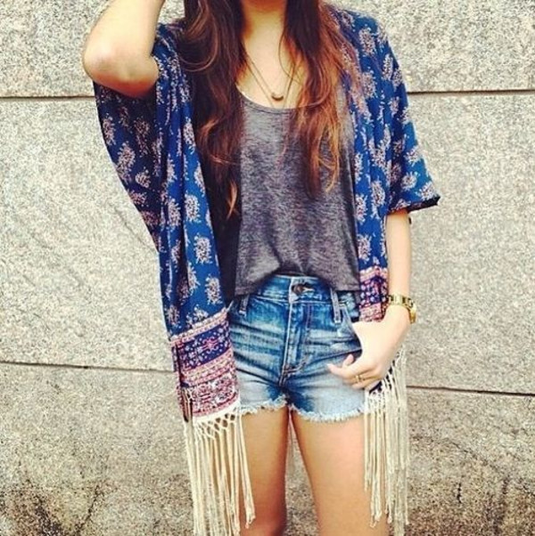 jacket tumblr blue brown kimono beautiful style girl japan japanese flowers pattern lovely shorts summer t-shirt coat abercrombie & fitch abercrombie & fitch vest frange pink grey t-shirt tank top tank top grey tank top grey tanktop denim denim shorts jewels jewelry gold jewelry gold jewelry watch necklace gold necklace shirt cardigan fringes floral