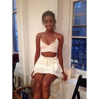 skirt white top white set white white lace top white skirt lace pretty white t-shirt lace crop top black girls killin it