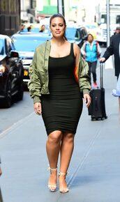 jacket,dress,sandals,bomber jacket,ashley graham,black dress,midi dress,curvy,plus size dress,model off-duty,streetstyle,spring outfits