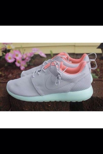 shoes pastel sneakers nike nike running shoes nike roshe run nike sneakers nike shoes womens roshe runs nikes summer shoes colorful nikes grey pink peach green mint green minty mint roshe runs run runs pastel fashion womens free run trainers running sportswear athletic