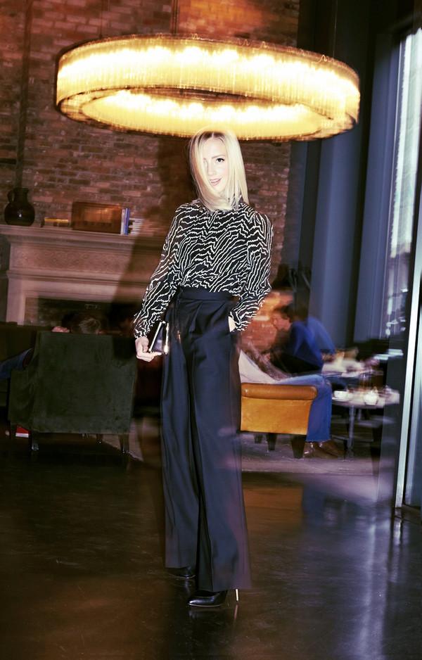 framboise fashion blogger bag black and white zebra print high waisted pants