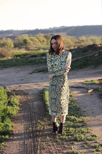 platforms for breakfast blogger dress floral dress long sleeve dress midi dress