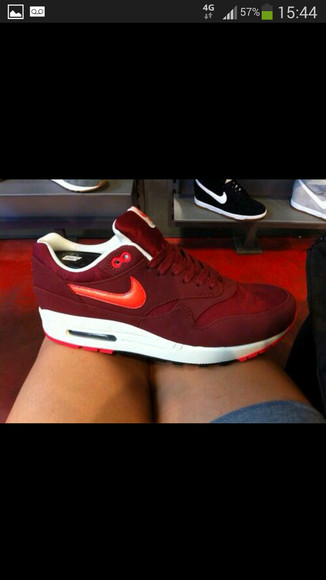 shoes low red white rouge nike air max sneakers blanc max air urgent bordeaux basse