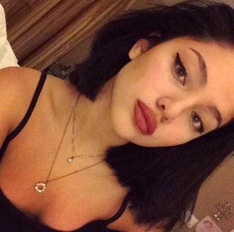 make-up eyeliner lips lipstick big lips lip liner