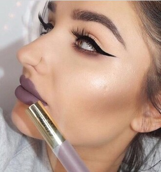 make-up lipstick lips lip gloss dark lipstick eyeliner
