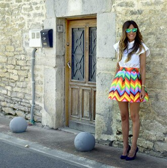 rebel attitude blogger colorful flare skirt white shirt summer skirt cat eye