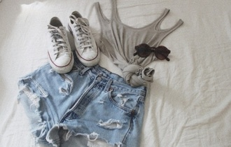 shirt grey tank top shoes shorts sunglasses grey tank top top grey top grey tank grey crop top crop crop tops knot cut-out cut out shoulder cut out tank top cut out top ripped ripped shorts hot pants summer outfits outfit ootd summer skater skater outfit skateboard converse allstar