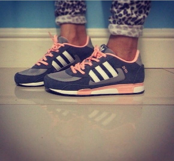 shoes grey gris fashion adidas shoes adidas sneakers rose pink gris rose sportswear