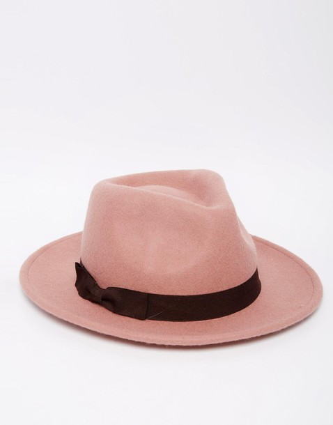 hat fedora cute pink pink nude blogger fashionblogger fashion fashion blogger