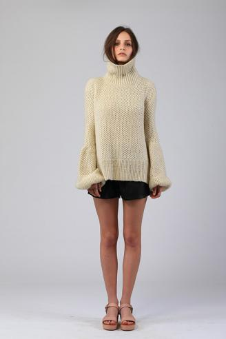 LILYA Atlas Roll Neck- Sand