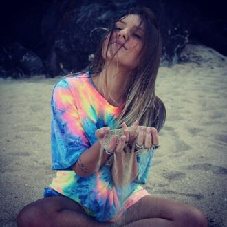 shirt tie dye beach t-shirt pink blue yellow green colorful fluo tiedye tshirt