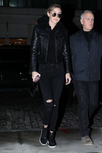 phone cover gigi hadid streetstyle model off-duty all black everything hoodie ripped jeans black jeans pants