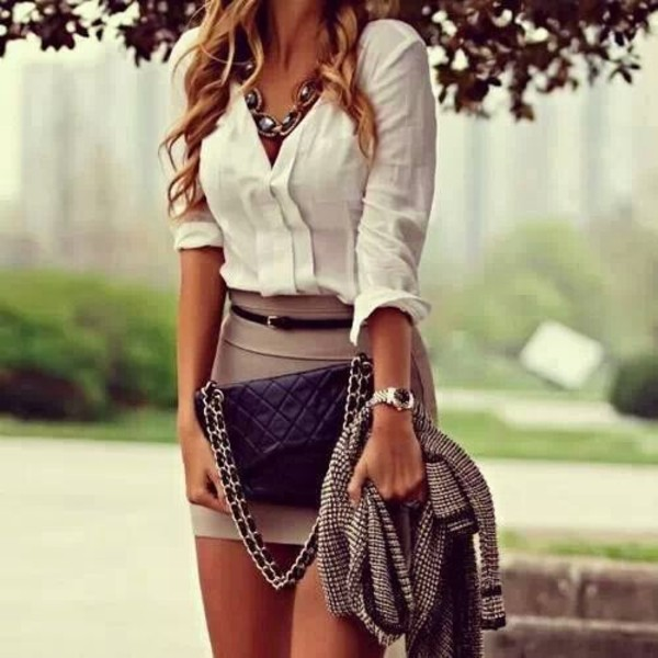 bag blouse skirt jacket office outfits black bag shirt nude short white lovely fashion perfecto brown mute cardigan knit black gold chain dress jewels perfect