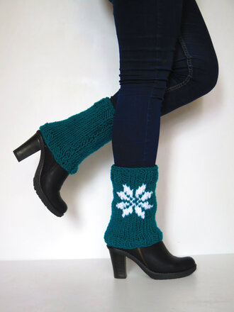 style christmas boots boots cuffs women fashion legwear legwarmers leg warmers clothes boot cuff for her christmas gift shoes accessories leggings gift ideas emerald emerald green thanksgiving socks boot socks christmas red women girly fashion style snowflake snowflake leggings snowflakes snowflake socks