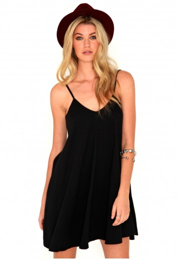 Dayla Oversized Swing Dress - Dresses - Missguided