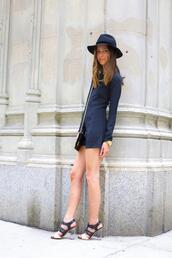 something navy,shoes,hat,bag,jewels
