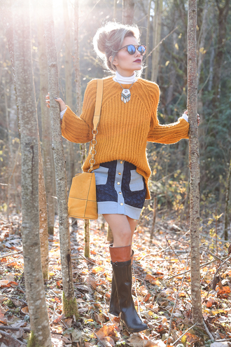 xander vintage blogger mustard sweater fall sweater riding boots blue skirt